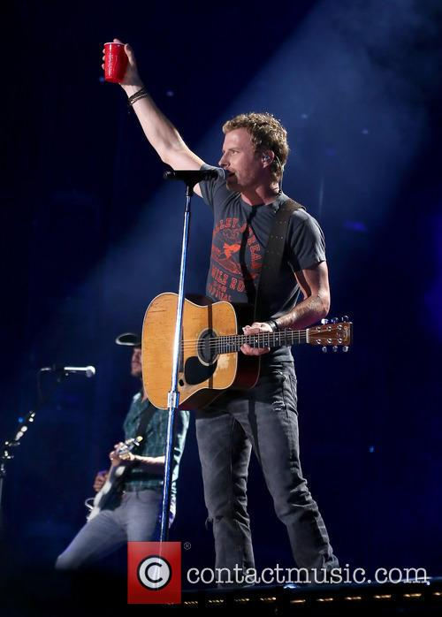 Dierks Bentley performs at 2014 CMA Music Festival
