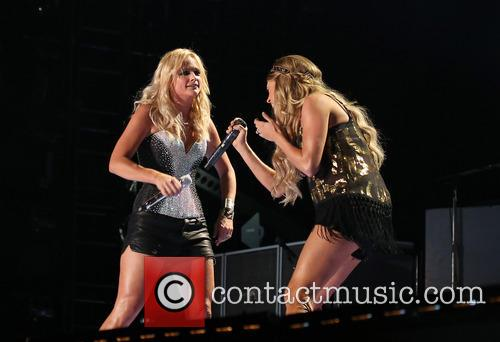Miranda Lambert, Carrie Underwood, LP Field