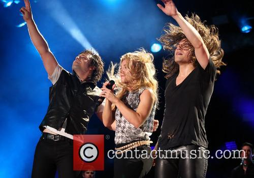 The Band Perry, Neil Perry, Kimberly Perry and Reid Perry 3