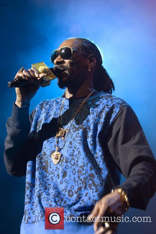 Snoop Dogg, Calvin Broadus and Jr. 4