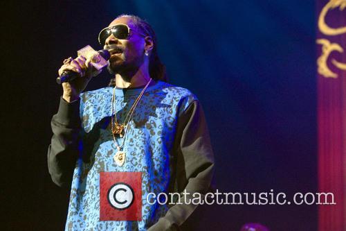 Snoop Dogg, Calvin Broadus and Jr. 9