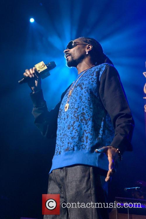 Snoop Dogg, Calvin Broadus and Jr. 11