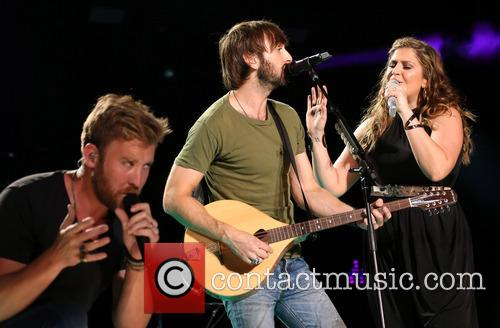 Lady Antebellum, LP Field