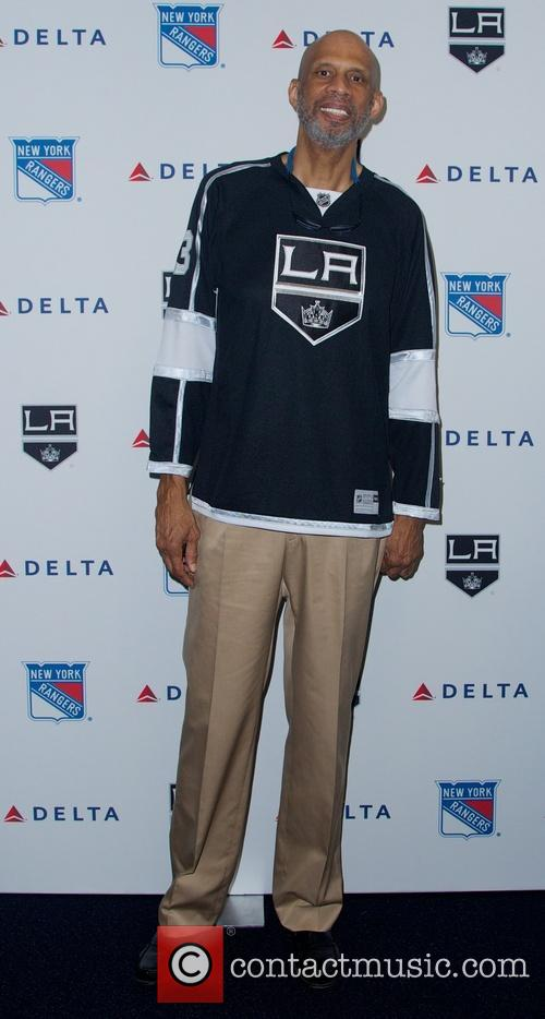 Delta celebrates the New York Rangers vs. Los Angeles Kings Stanley Cup Finals with a charity air hockey game