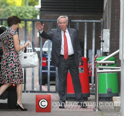 Jeffrey Archer and Wife 2