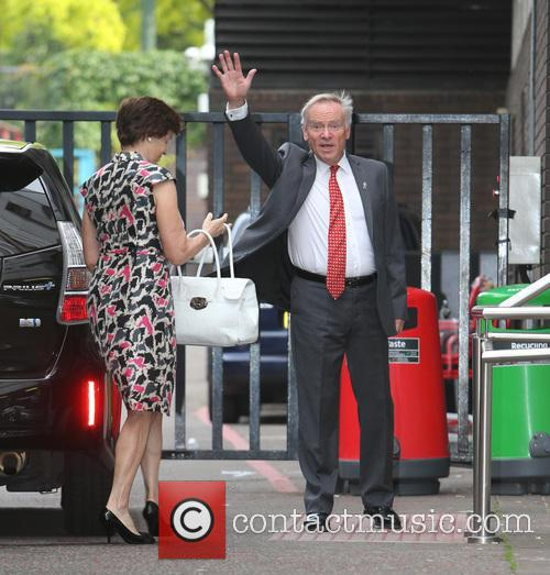 Jeffrey Archer and Wife 5