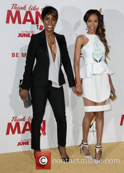Kelly Rowland and Michelle Williams 4