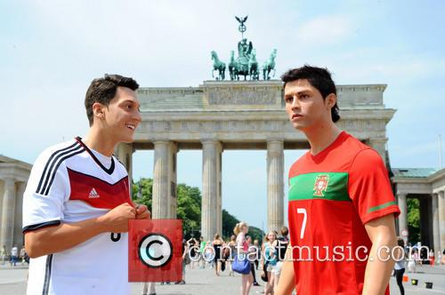 Mesut Oezil and Cristiano Ronaldo 6