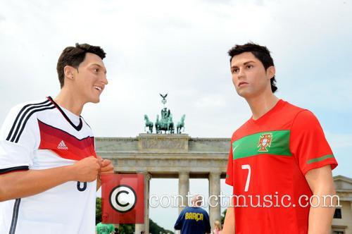 Mesut Oezil and Cristiano Ronaldo 9