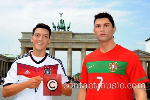 Mesut Oezil and Cristiano Ronaldo 11
