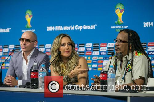 Pitbull, Claudia Leitte and Joao Jorge Rodrigues 8