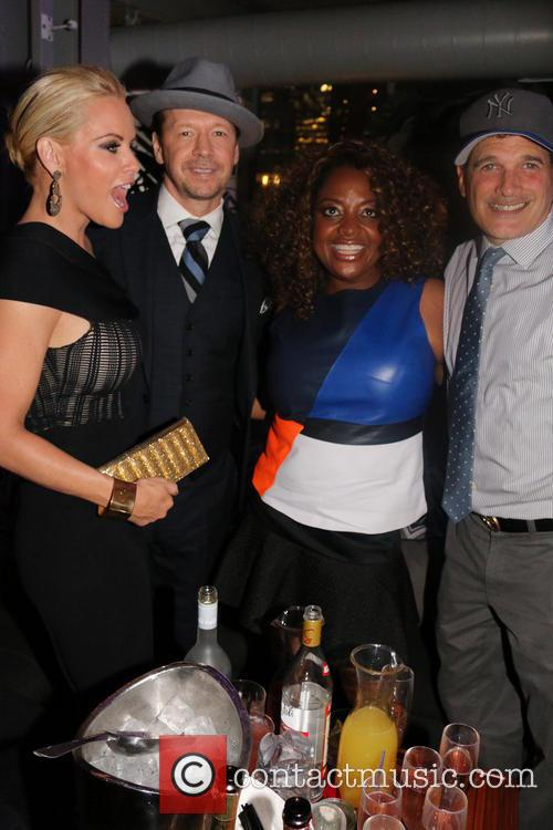 Jenny Mccarthy, Donnie Wahlberg, Sherri Shepard and Philip Block 2
