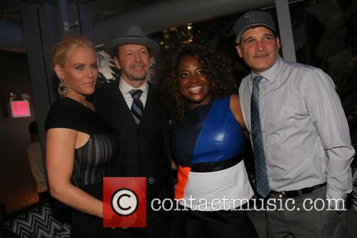 Jenny Mccarthy, Donnie Wahlberg, Sherri Shepard and Philip Block 9