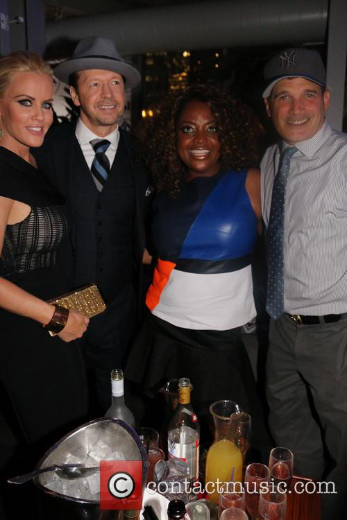 Jenny Mccarthy, Donnie Wahlberg, Sherri Shepard and Philip Block 11