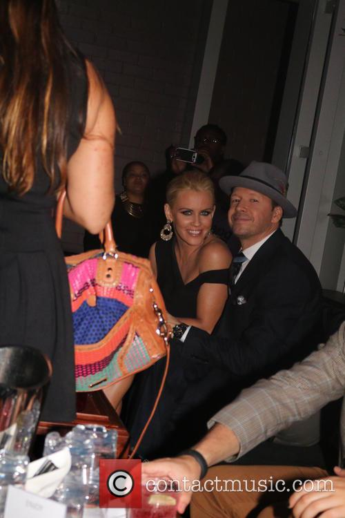 Jenny Mccarthy and Donnie Wahlberg 6