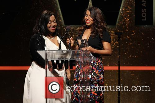 Shonda Rhimes and Kerry Washington 3