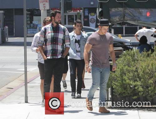 Nick Jonas and Joe Jonas 6