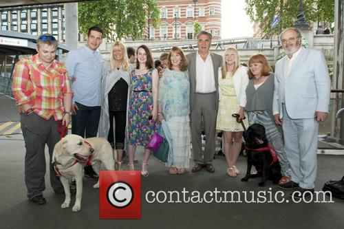 Jim Carter, Lesley Nicol, Sophie Mcshera, Rob James-collier and Phyllis Logan 1
