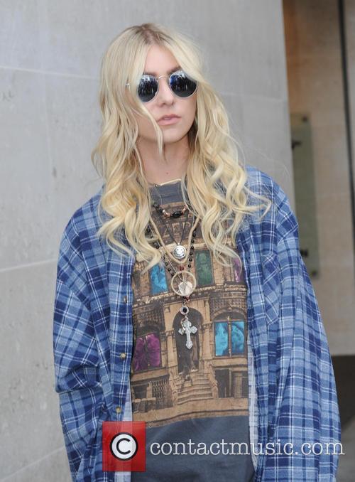Taylor Momsen 10