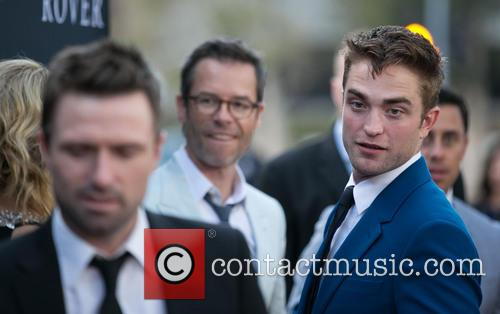 David Michod, Guy Pearce and Robert Pattinson 7
