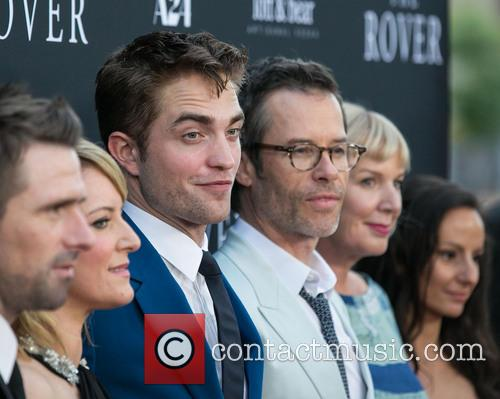 David Michod, Susan Prior, Robert Pattinson and Guy Pearce 11