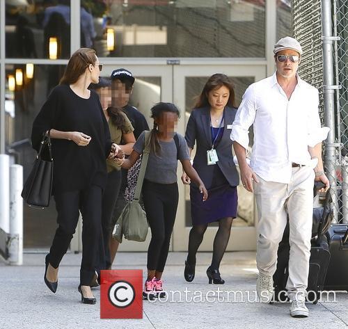 Angelina Jolie, Brad Pitt, Zahara Jolie-pitt and Maddox Jolie-pitt 3