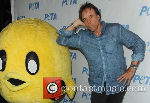 kevin nealon bill maher to headline stand 4245789