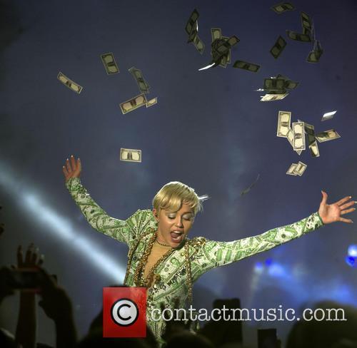 Miley Cyrus 32