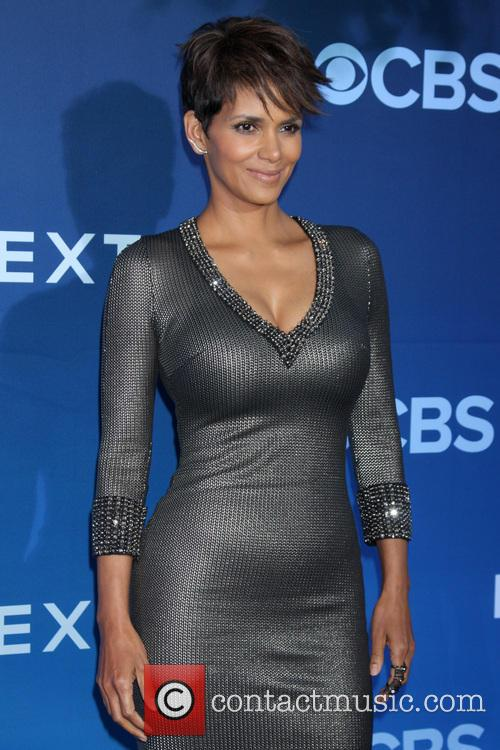 halle berry cbs television presents extant premier 4246656