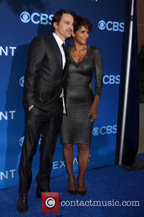 Olivier Martinez and Halle Berry 10