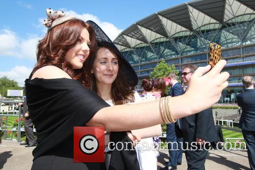 2014 Royal Ascot - Atmosphere - Day 1