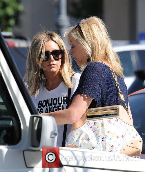 Ashley Tisdale Leaves The Nail Garden