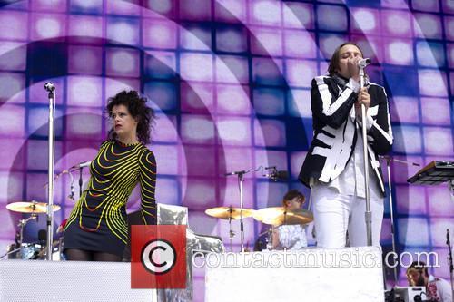 Régine Chassagne and Win Butler (arcade Fire) 6