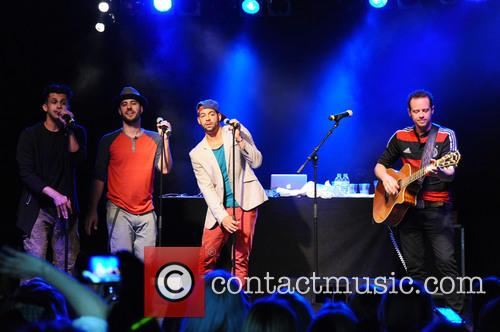 Erik-michael Estrada, Dan Miller, Trevor Penick, Jacob Underwood and O-town 9