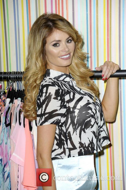 chloe sims chloe sims launches her debut 4249732