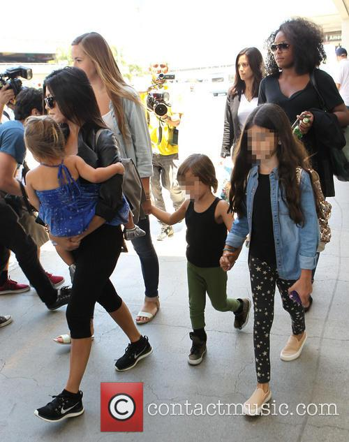 Kourtney Kardashian, Mason Disick and Penelope Disick 3