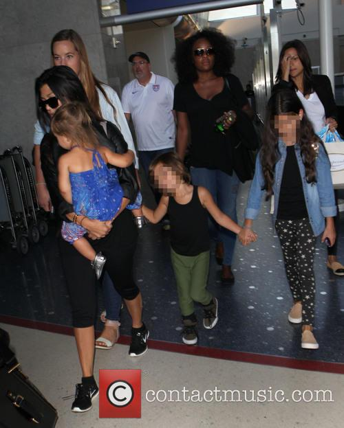 Kourtney Kardashian, Mason Disick and Penelope Disick 6