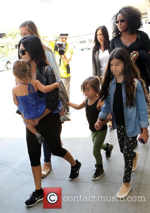 Kourtney Kardashian, Mason Disick and Penelope Disick 8