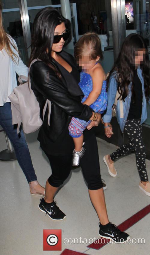 Kourtney Kardashian and Penelope Disick 3