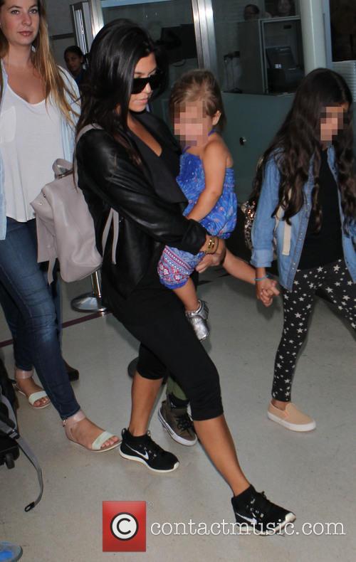 Kourtney Kardashian and Penelope Disick 6
