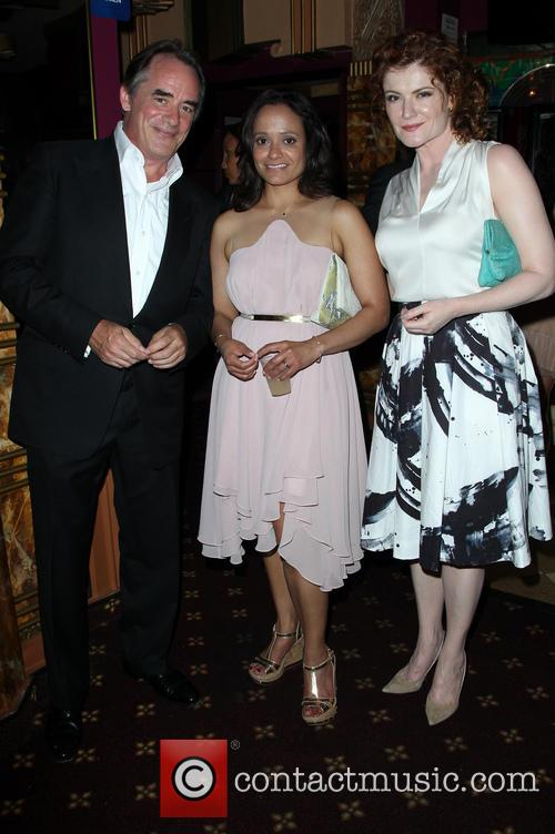 Tom Irwin, Judy Reyes and Rebecca Wisocky 7