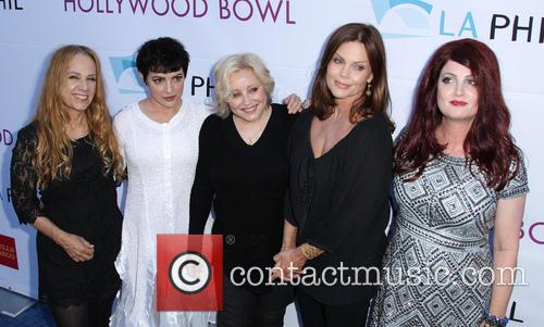 Belinda Carlisle, Charlotte Caffey, Gina Schock, Jane Wiedlin, Kathy Valentine and Of The The Go-go's