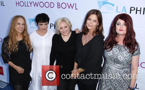 Belinda Carlisle, Charlotte Caffey, Gina Schock, Jane Wiedlin, Kathy Valentine and Of The The Go-go's 2