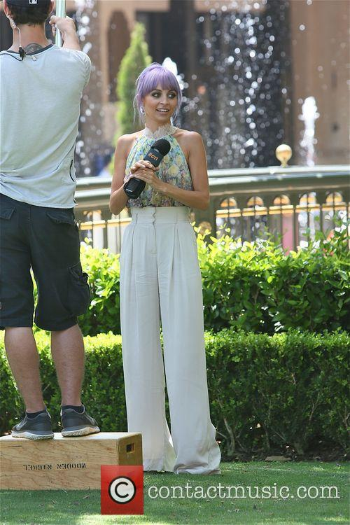 Nicole Richie spotted filming new TV series 'CandidlyNicole'