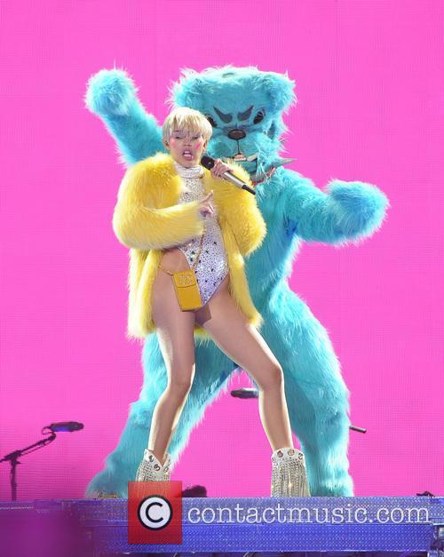 Miley Cyrus 37