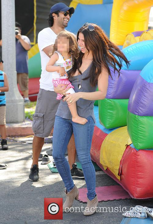 Roselyn Sanchez and Sebella Rose Winter 4