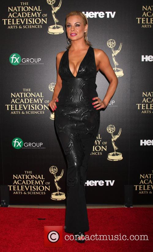 jessica collins daytime emmy awards 2014 4256176