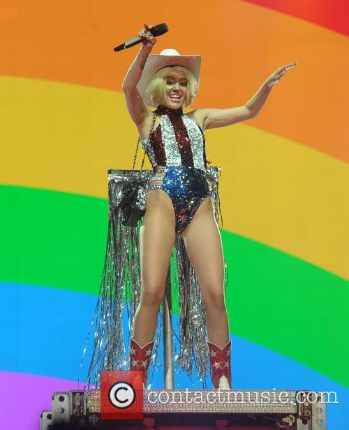 Miley Cyrus 87