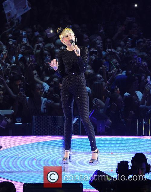 Miley Cyrus 88
