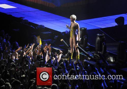 Miley Cyrus 112